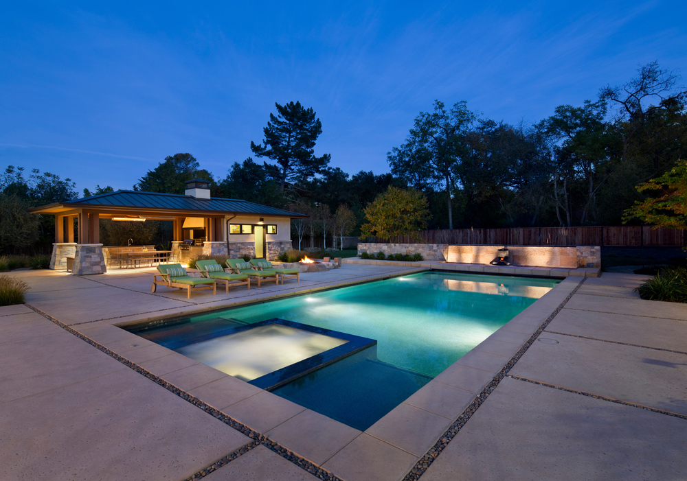 Pool with feature wall 01